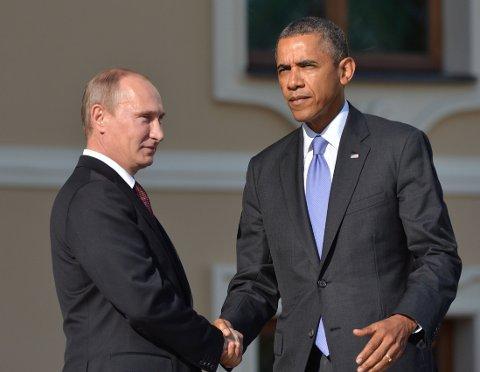 KJØLIG: Vladimir Putin og Barack Obama avbildet under G20-toppmøtet i Russland i 2013. Tonen mellom de to verdenslederne blir stadig kjøligere.