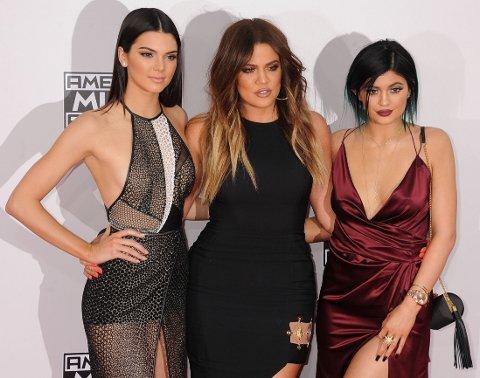 VELDEDIGHET: Jenner-søstrene selger nå brukte klær på Ebay til inntekt for veldedighet.