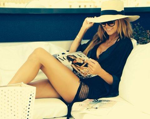 Camilla Aabry er både modell, designer og moteblogger for Side2.