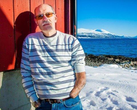 MISTET HÅNDEN: Håkon Gebhardt (60) mistet hånden i en arbeidsulykke under fiske om bord på «Rystraum» i 2000. Men han lengter fortsatt tilbake på havet.