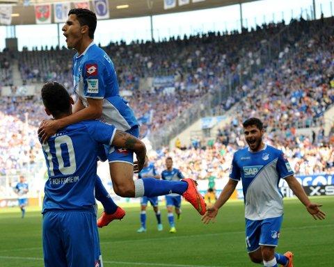 SCORET: Tarik Elyounoussi jubler fo sin scoring mot Schalke 04.
