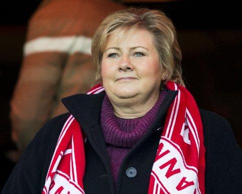 ENDA EN NEDTUR: Etter en uke der statsminister Erna Solbergs favorittlag Brann rykket ned fra eliteserien i fotball, får hun en ny skuffelse i hendene før helgen.
