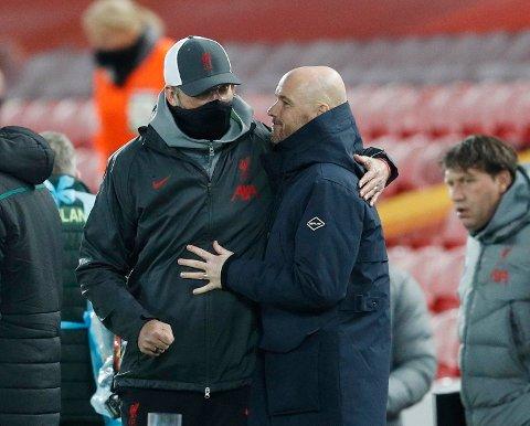 NY KONTRAKT: Erik ten Hag ble koblet med Tottenham-jobben. Her sammen med Liverpool-manager Jürgen Klopp.