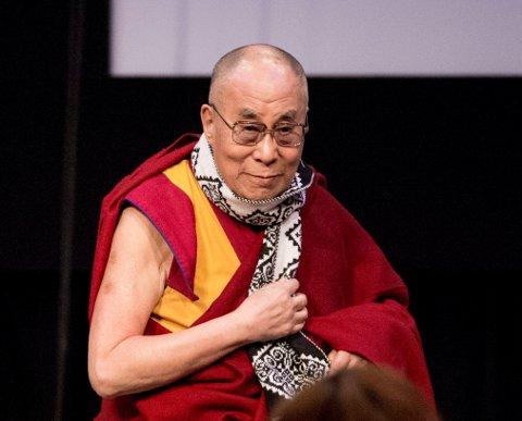 Dalai Lama fotografert under et besøk på studentfestivalen ISFIT i Trondheim i februar i fjor. Den nåværende Dalai Lama er den fjortende i rekken, og har fått det religiøse navnet Tenzin Gyatso.