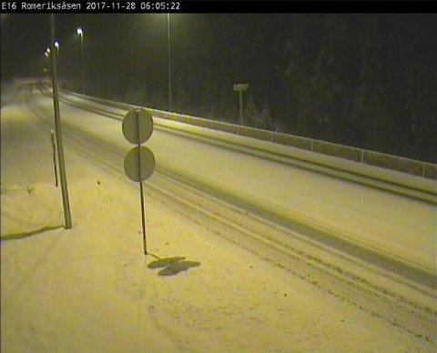 E16 ved Romeriksåsen 28.11 klokken 06.05