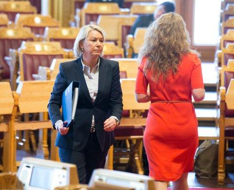 KLARE FORVENTNINGER: - Våre forventninger om åpenhet om pengestrømmer og det å unngå skatteparadiser er helt entydige, sa næringsminister Monica Mæland (H) i spørretimen onsdag.