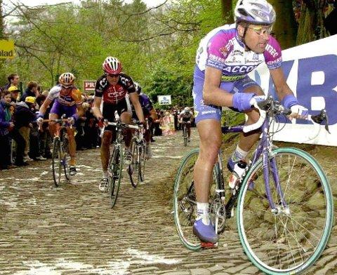Gianluci Bortolami på vei til seier i 2001