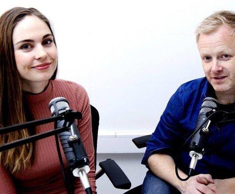 Podcasten Serieguiden har programlederne Ingvild Jenhaug Korneliussen (t.v.) og Pål Nisja-Wilhelmsen.