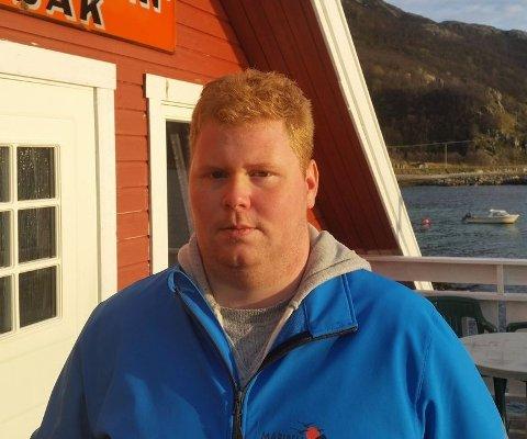 DYR FEIL: Ørjan Pettersen fra Tromsø la inn bud ved en feil - og vant Astrid S-auksjonen for 11.000 kroner. Nå har plateselskpaet overtatt billettene.