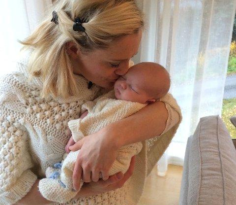 KRISTIN ROSET, som driver bloggen Springerinne, ble nylig mor for første gang. Hun har slitt med spiseforstyrrelser i over ti år. At lille Noah skulle kommer til verden, lå ikke alltid i kortene.