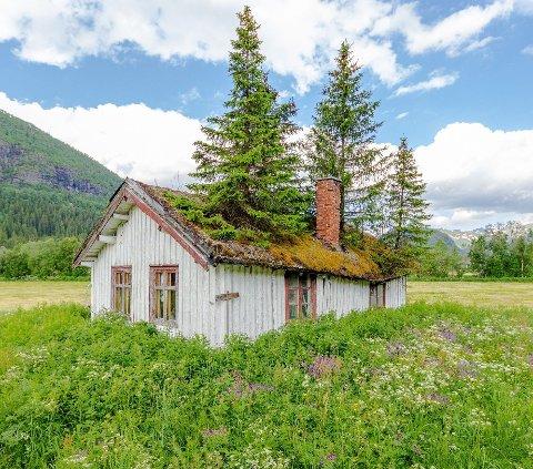 Et fraflyttet hus i Bydge-Norge. Illustrasjonsbilde.