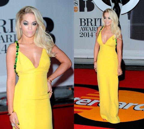 Rita Ora så aldeles nydelig ut i en kanarigul kjole signert italienska Prada.