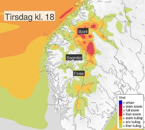 VINDFULLT: I Møre- og Romsdal er det meldt kraftig vind fra tirsdag ettermiddag til onsdag morgen. I nord er det meldt om store regnbyger.