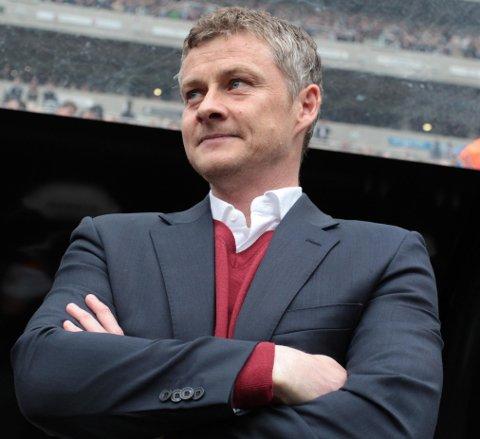 HØSTER LOVORD: Cardiff-eier Vincent Tan er sikker på at Ole Gunnar Solskjær kan ta klubben tilbake til Premier League.