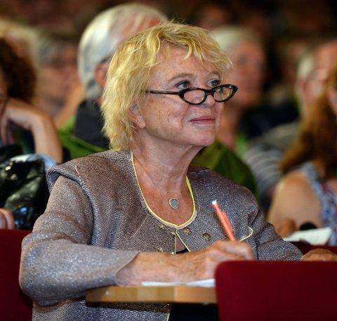 FEIL TAST: Eva Joly og 12 andre stemte feil i Europaparlamentet, og dermed ble to omstridte regler om internett vedtatt.