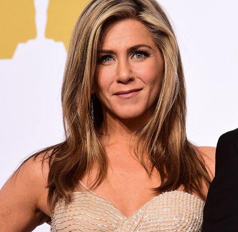 JENNIFER ANISTON: Friends-stjernen røper at skuespillerne ikke var så begeistret for intro-låta.