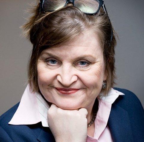 Elin Ørjasæter (51), vindrikker, forfatter, skribent og høyskolelektor.
