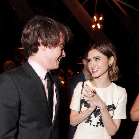 Charlie Heaton og Natalia Dyer på Netflix' årlige fest for Emmy-nominerte i Los Angeles i september 2017.