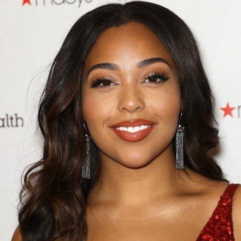 TILBUD: Jordyn Woods karriere er i full fart på vei opp etter hun ble beskyldt for å være med Khloé Kardashians kjæreste Tristan Thompson.