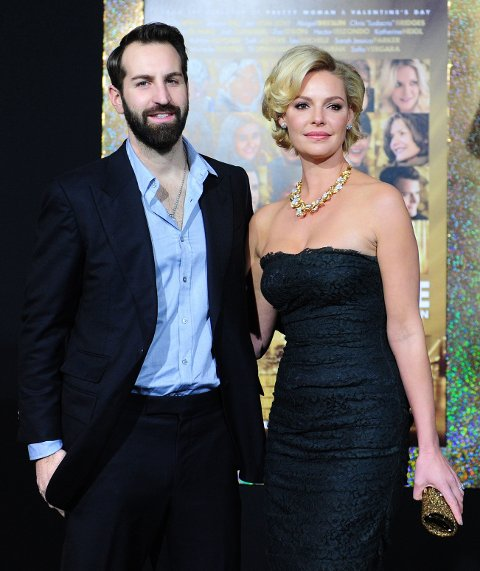 VENTER BARN: Katherine Heigl og Josh Kelley venter en sønn. Paret har to døtre fra før.