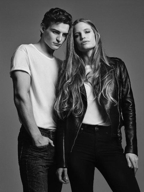 STILLER SOM MODELL: Charlotte Ekholt er vanligvis PR-ansvarlig for klesmerket, men stilte her som modell sammen med Jeckson Williams.