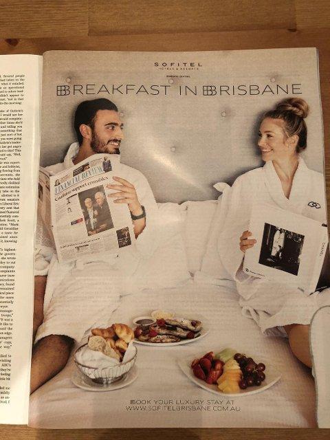 Vekker oppsikt: Denne reklamen for et hotell i Brisbane vekker oppsikt.