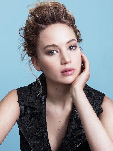 FØRSTE BILDET: Dette er den første kampanjen fra Dior Addict, med Jennifer Lawrence i hovedrollen.