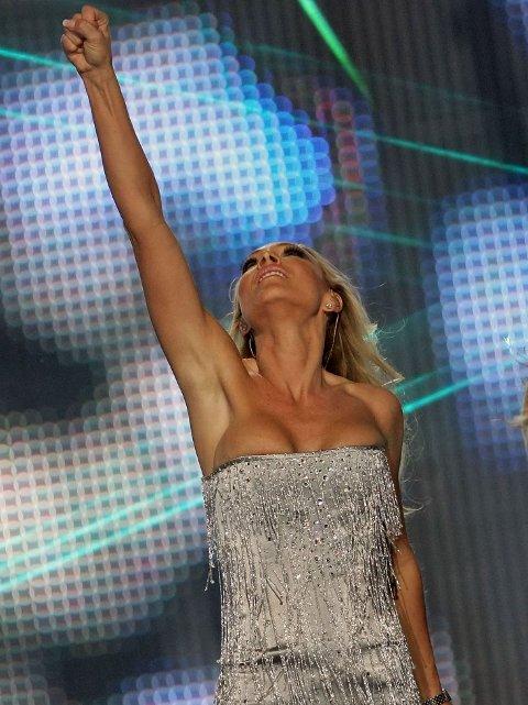 Svenske Charlotte Perrelli med klassisk ESC-move i 2008.
