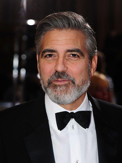 SKJEGG: George Clooney i 2013, da med helskjegg.