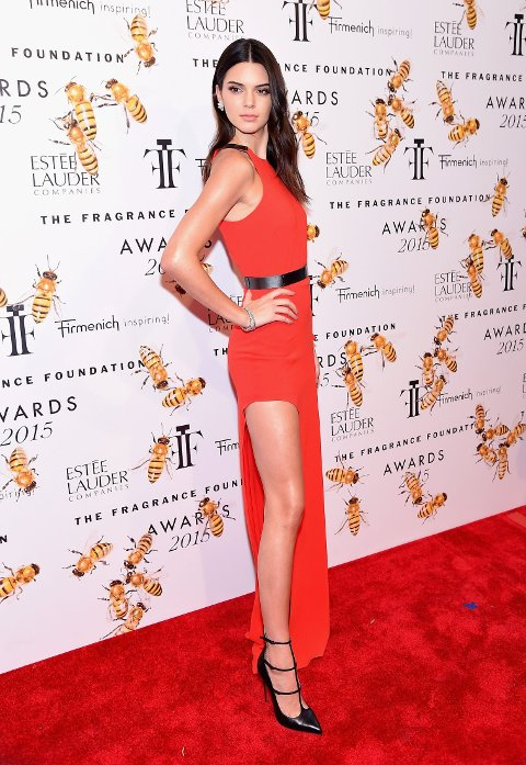 MED HØY SPLITT PÅ DEN RØPE LØPEREN: I en alder av 19 år har Kendall Jenner rukket å bli en av verdens hotteste kjendiser.
