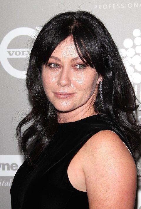 KREFTSYK: Skuespiller Shannen Doherty kjemper mot brystkreft, og forteller nå at kreftcellene har spredt seg til lymfeknutene.