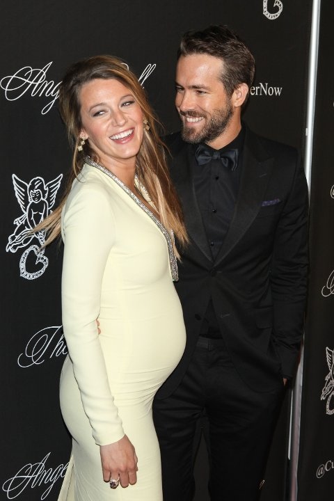 Blake Lively og Ryan Reynolds holdt graviditeten lenge skjult.