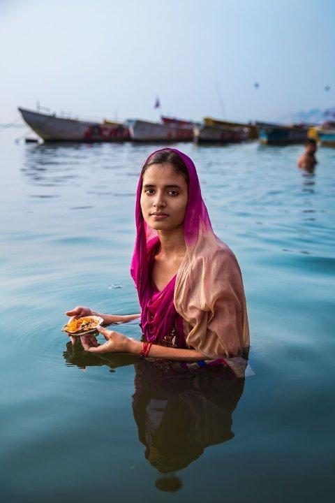 - Jeg visste ikke navnet hennes, hennes alder eller hva hun gjorde, forteller Noroc om den unge kvinnen i elven.
