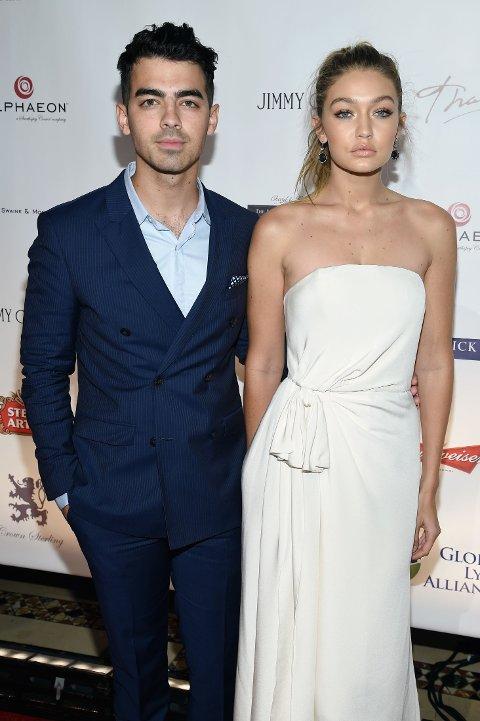 PAR: Joe Jonas og Gigi Hadid sammen tidligere i oktober.
