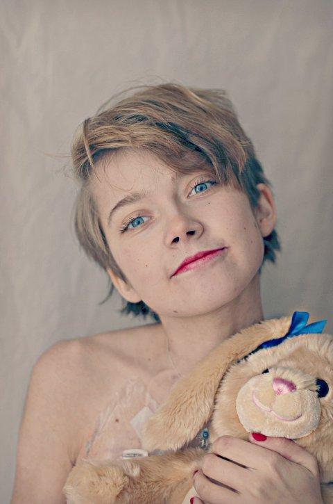 IKKE BARE SYK: Amanda ønsker å sette fokus på at hun er mer enn en kreftpasient. Hun er et menneske med drømmer og mål.