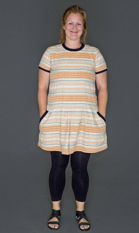 USMINKET OG KLAR: Siri Kristiansen stilte usminket og i denne kjolen for Trinny & Susannah.