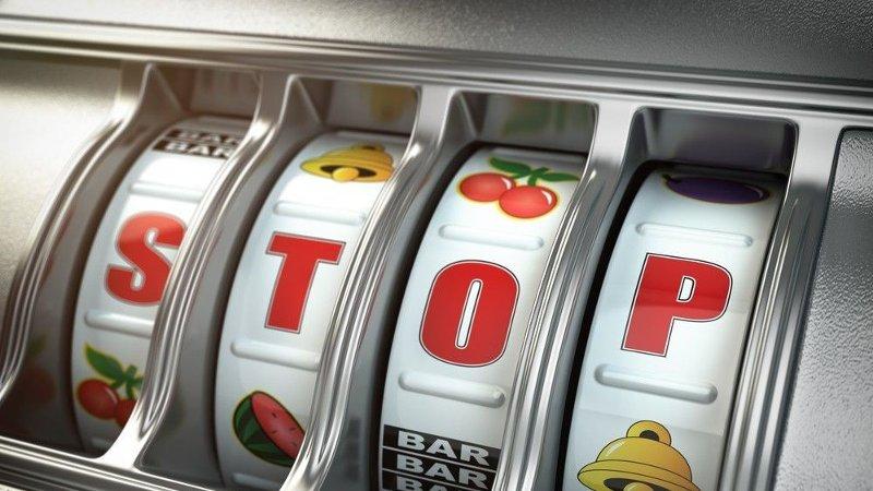 Nærbilde som viser del av en pengespillmaskin.