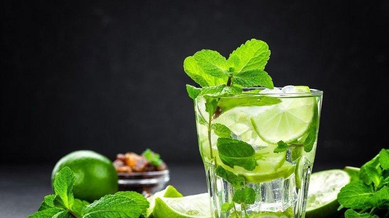 Bilde av en NoLo-drink