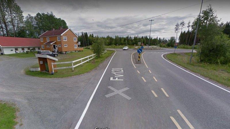 Fylkesvei 120 nord for Nordmokorset.