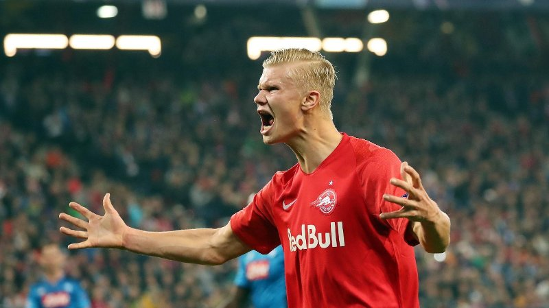 ETTERTRAKTET: Erling Braut Haaland skal være på radaren til mange klubber i Europa. Nå skriver Gazzetta dello Sport at Napoli planlegger et bud på både ham og Sander Berge.