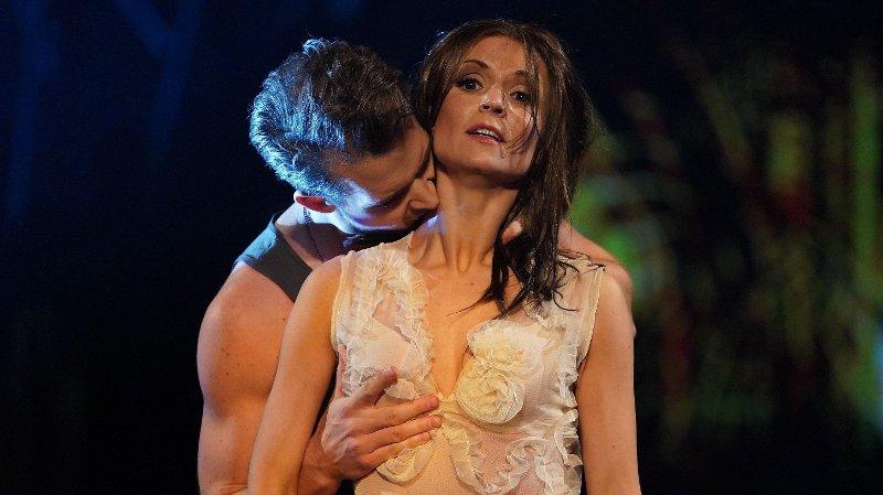 Skal vi danse - program 9 2019 Aleksander Hetland og Nadya Khamitskaya Skal vi danse - program 9 Bildene kan kun brukes av media i forbindelse med omtale av TV 2 eller TV 2s programmer. FOTO: Espen Solli / TV 2