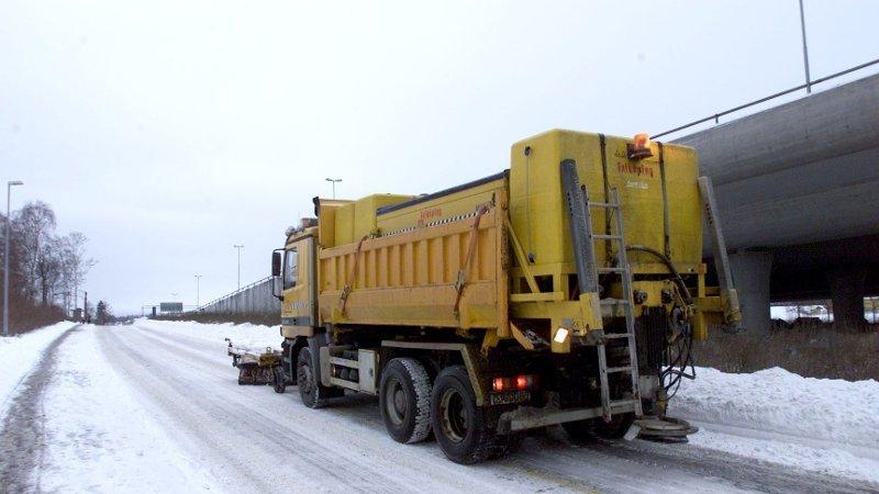 Saltebil på veien i Oslo.