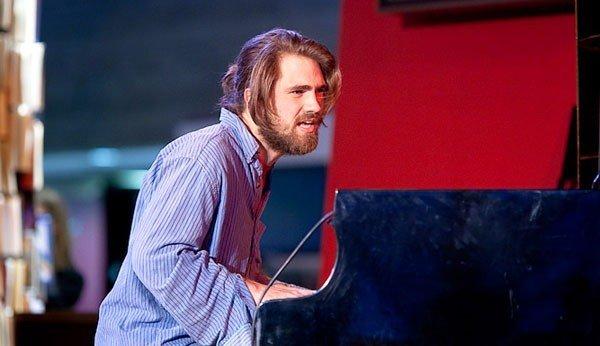 Den engelske pianisten Kit Downes.