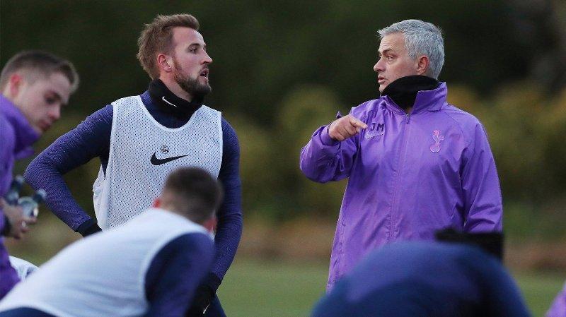 FØRSTE TRENING: José Mourinho møtte Harry Kane og de andre Tottenham-spillerne for første gang onsdag.