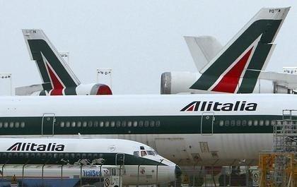 Alitalia-fly på bakken.