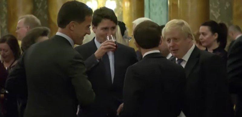 Emmanuel Macron, Boris Johnson og Justin Trudeau ble filmet, trolig uten deres egen viten, under en tilsetning på Buckingham Palaca tirsdag kveld.