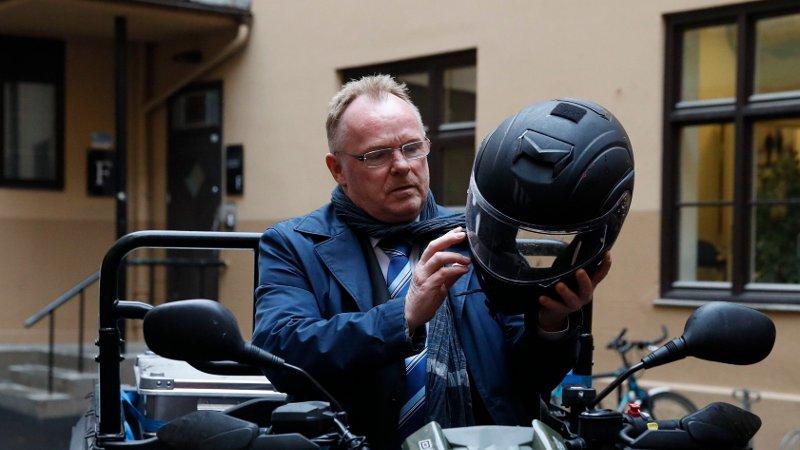 Per Sandberg har avslørt at han søker jobb som taxi-sjåfør i Halden. Her fra den offisielle åpningen av Røde Kors sin kommunikasjonssentral.