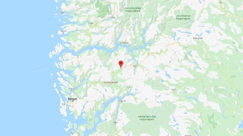STENGT: E16 er stengt ved Nærøydalen, som strekker seg over grensen mellom Hordaland og Sogn og Fjordane.