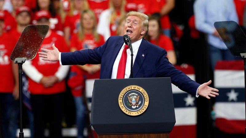 Her er Trump på det aktuelle folkmøtet i Minneapolis i oktober i år.