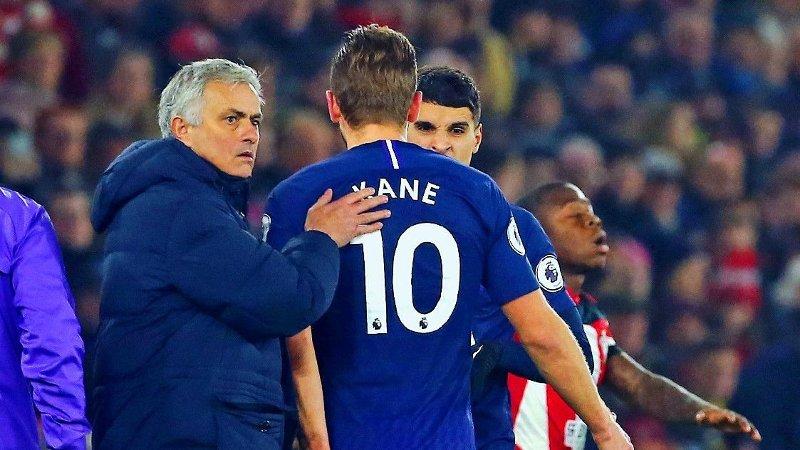 BEKYMRET: Et av Tottenham-manager José Mourinhos verste mareritt kan ha blitt til virkelighet da Harry Kane ble langtiddsskadd nylig. Nå hevdes det at klubben er på en intens spissjakt.
